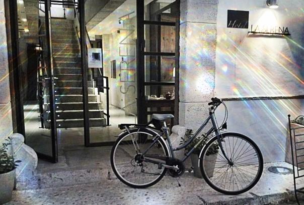 Fachada del Hotel La Serena